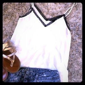 Forever 21 Lace trim cami-S